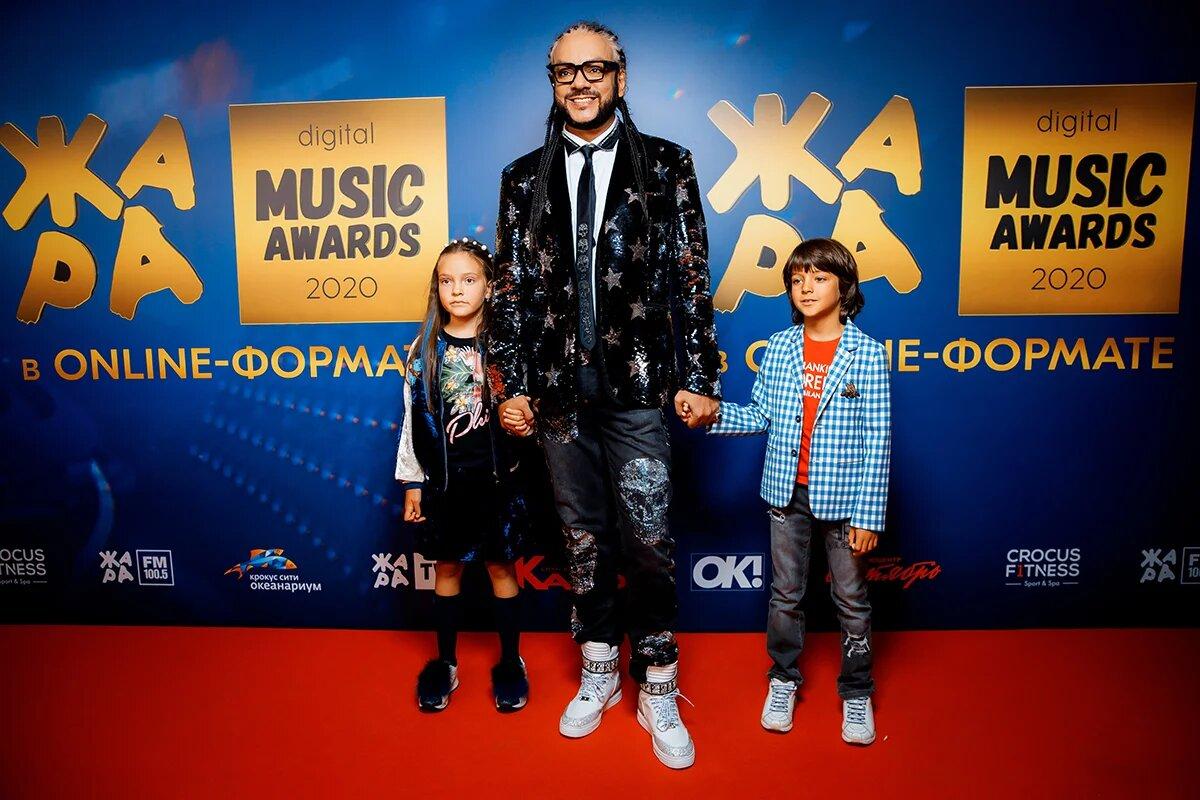 Новая реальность: «Жара Music Awards» ушла в online