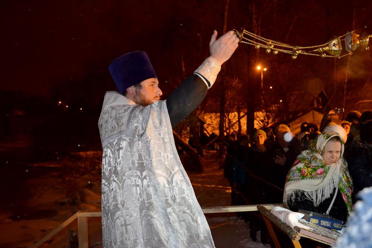 Крещенские купания — народная традиция на Руси